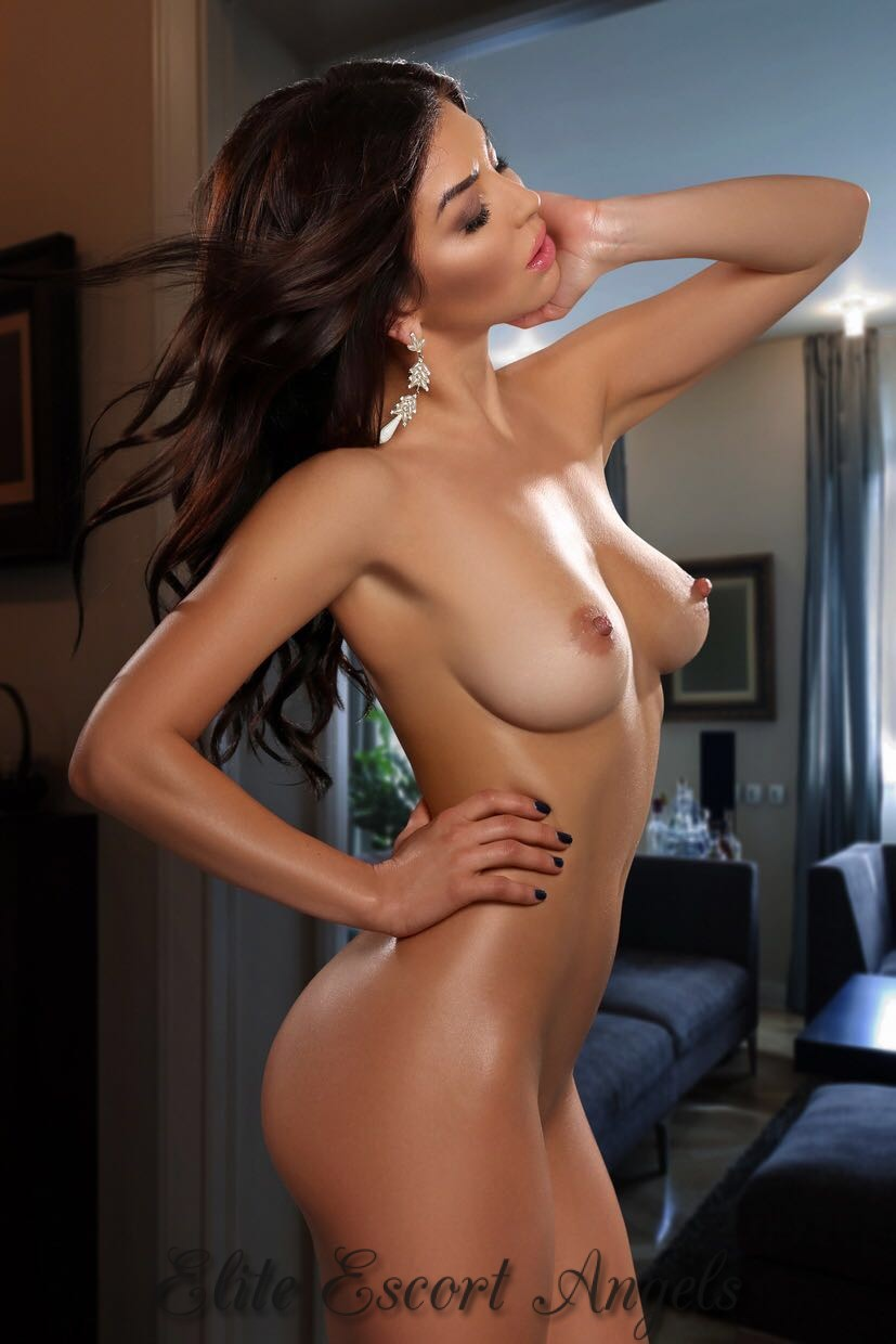 escort fiona indian elite escorts